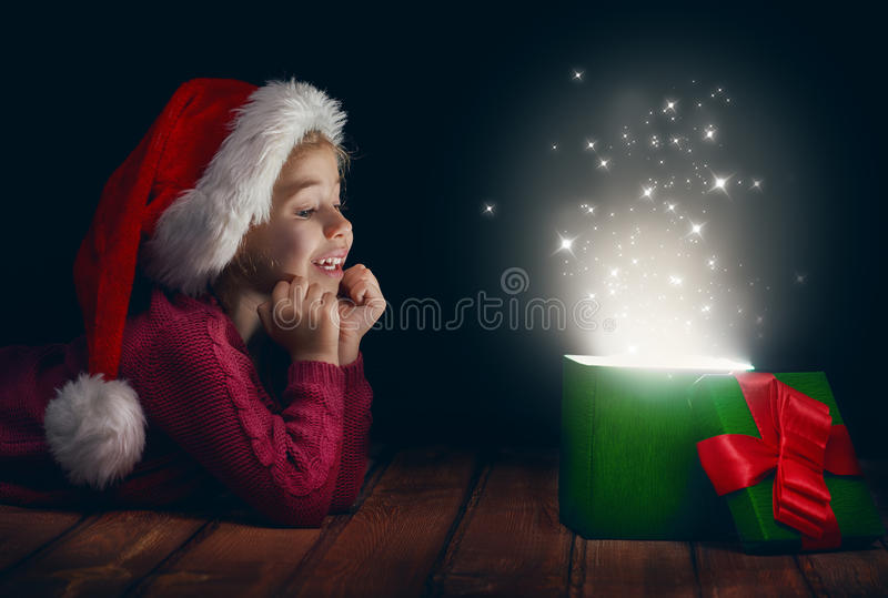Caixa de presente mágica foto de stock