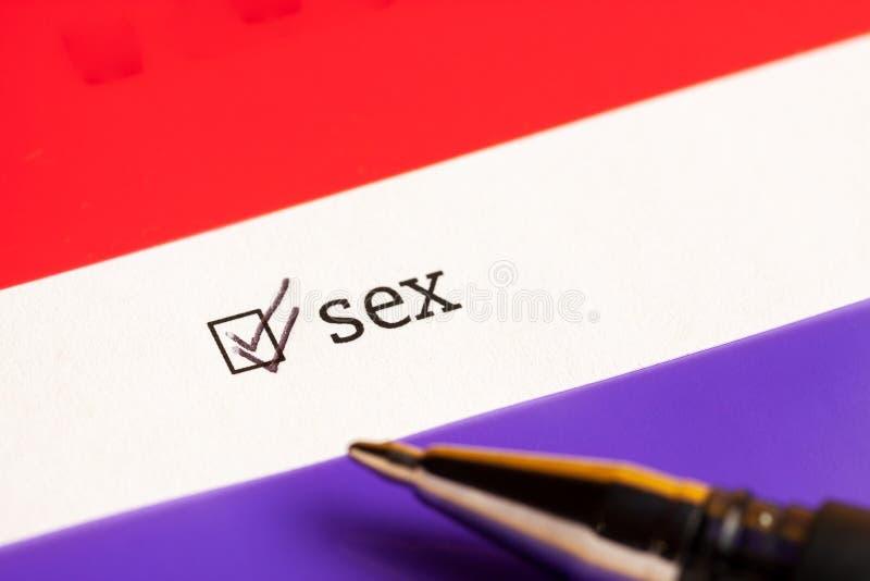 Caixa de seleção verificada com sexo da palavra Conceito do questionário fotografia de stock royalty free