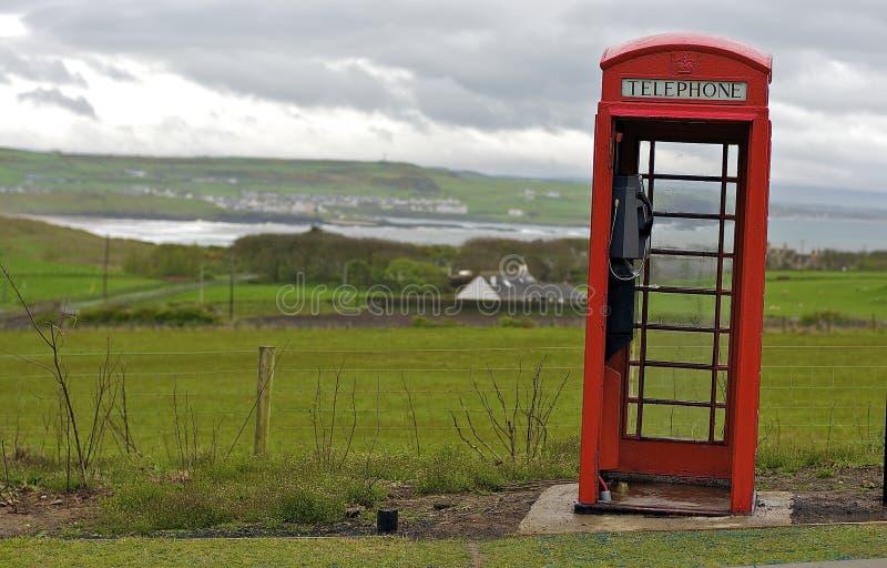 Caixa de telefone vermelha fotografia de stock royalty free
