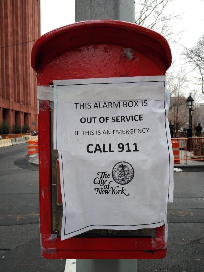 Caixa do alarme, fora de serviço, emergência, chamada 911, cidade de New York, Greenwich Village, NYC, NY, EUA imagens de stock royalty free