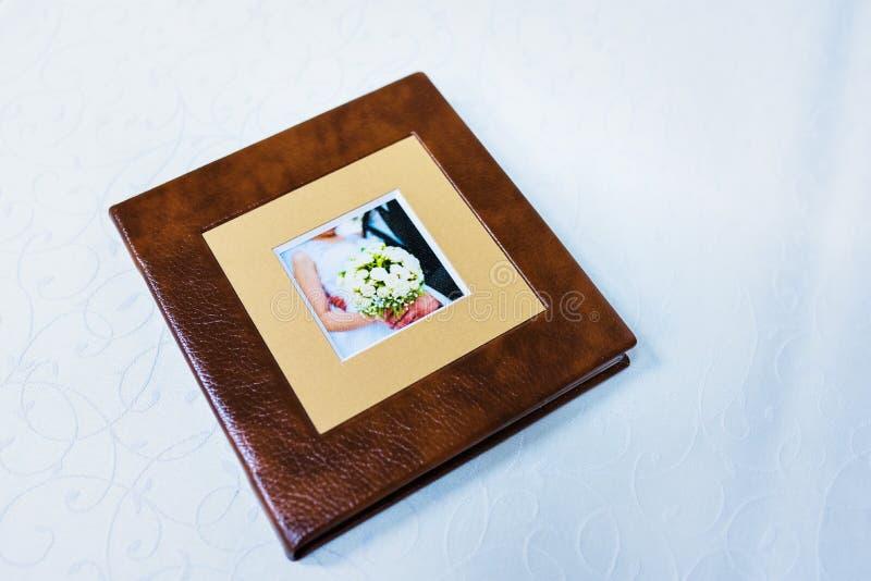 Caixa do CD de Brown fotos de stock royalty free