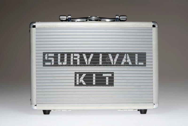 CAIXA do kit de sobrevivência imagens de stock royalty free