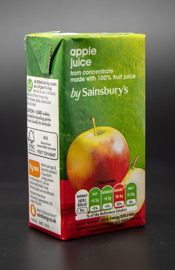 Caixa do suco de maçã fotos de stock royalty free