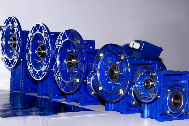 Caixas de engrenagens/redutores do metal que usam-se no CNC fotos de stock