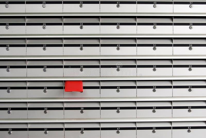 Caixas de letra e envelope vermelho imagens de stock royalty free