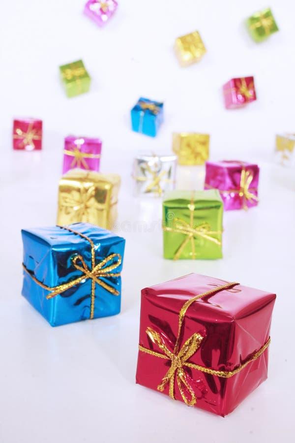 Caixas de presente coloridas foto de stock royalty free