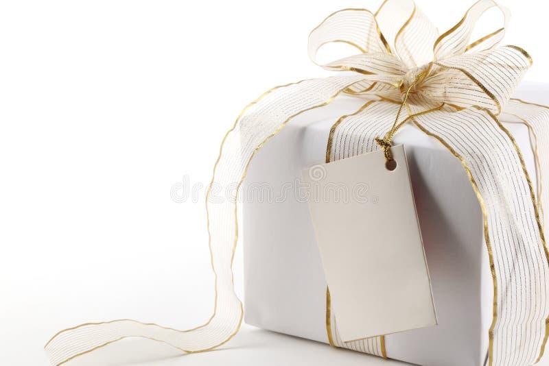 Caixas de presente com etiqueta em branco imagens de stock royalty free