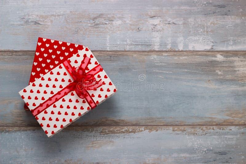 Caixas de presente com fitas e fotografia de stock