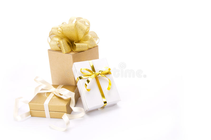 Caixas de presente do ouro foto de stock royalty free