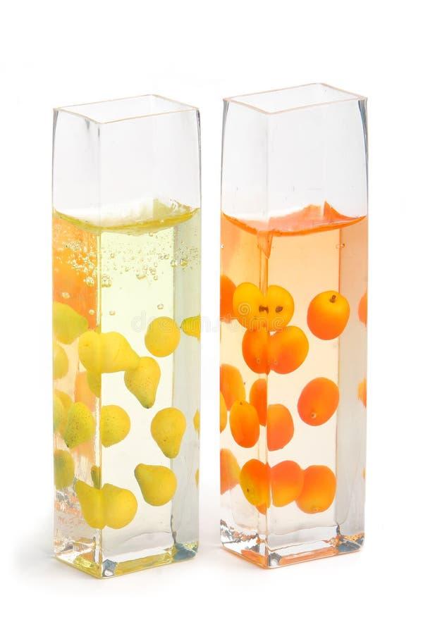 Caixas de vidro com fruta fotografia de stock royalty free