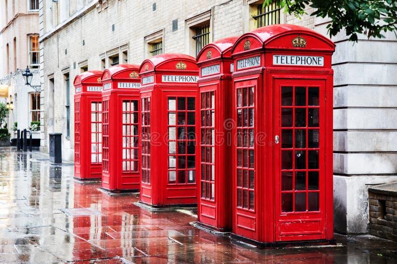 Caixas do telefone do jardim de Covent fotografia de stock royalty free