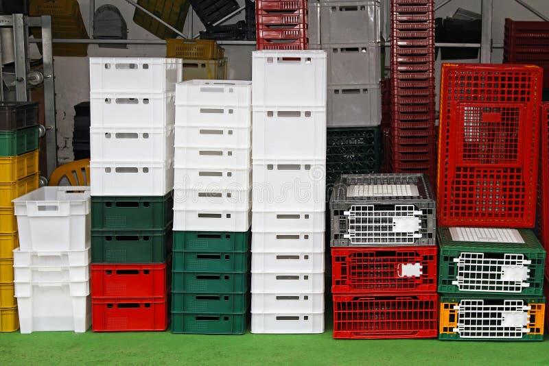 Caixas plásticas fotografia de stock