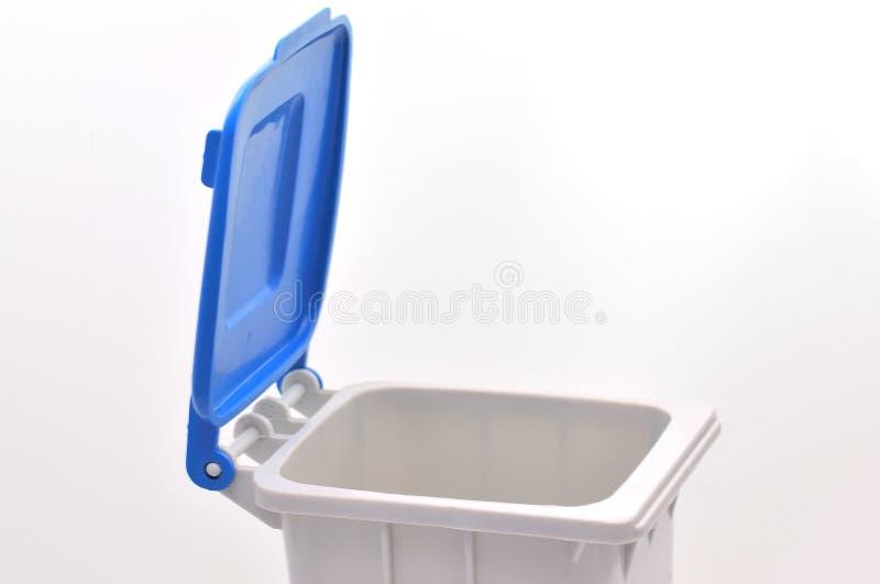 Caixote de lixo foto de stock
