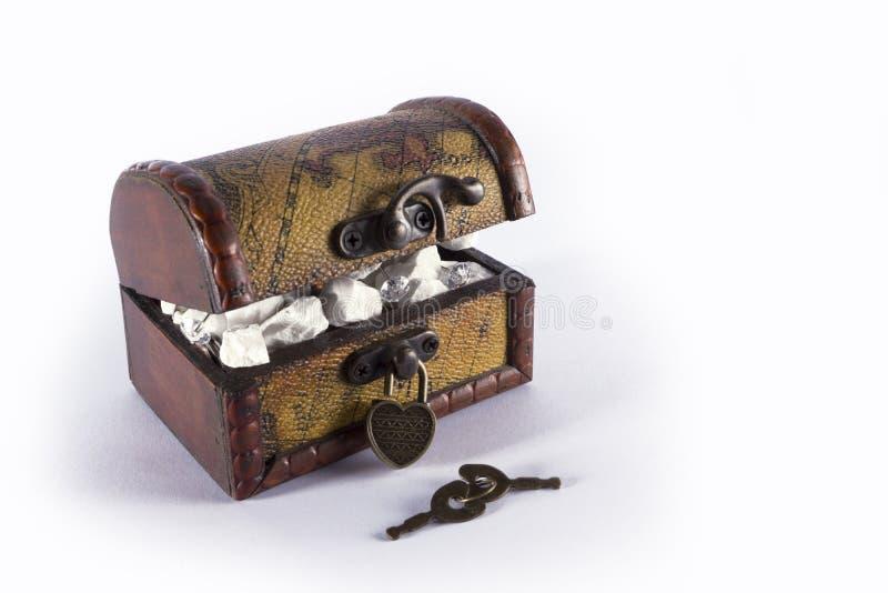 Caja con el hogar imagen de archivo libre de regalías