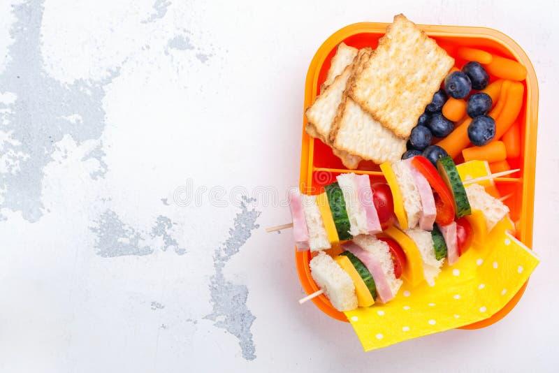 Caja de almuerzo escolar fotografía de archivo libre de regalías