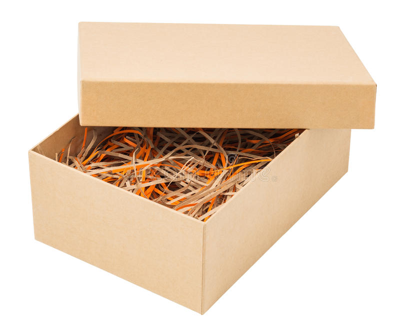 Caja de cartón con la paja de papel aislada en blanco fotografía de archivo libre de regalías