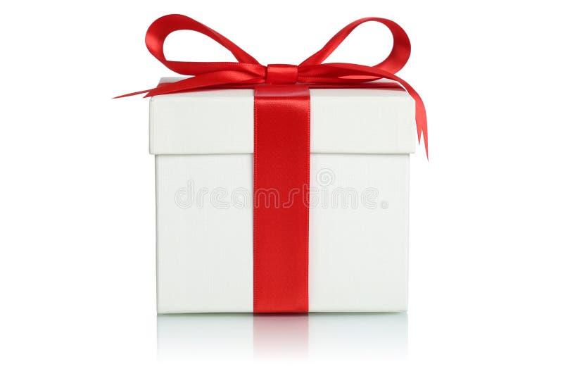 caja de regalo con la cinta para los regalos en la navidad el cumpleaos o valentn
