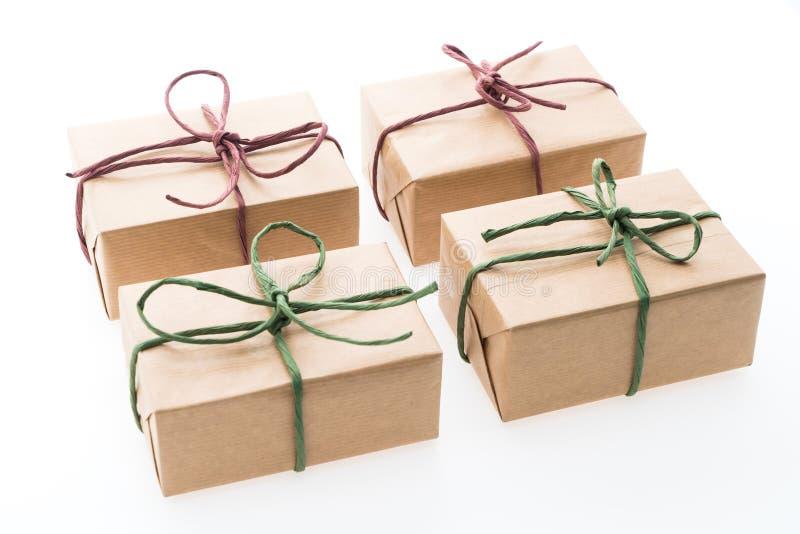Download Caja de regalo de Brown foto de archivo. Imagen de cinta - 64211766
