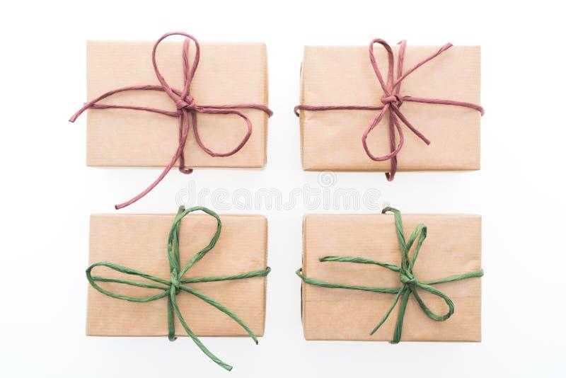 Download Caja de regalo de Brown foto de archivo. Imagen de saludo - 64211770