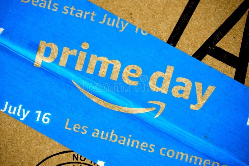 Caja del d?a del Amazon Prime fotografía de archivo