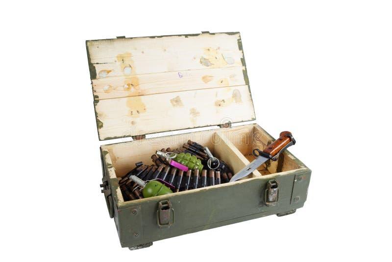 Caja del ejército con la munición foto de archivo libre de regalías