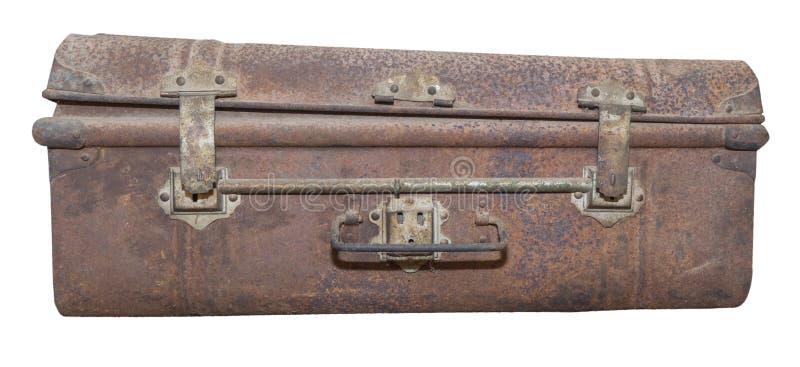 Caja del equipaje del metal del vintage aislada en blanco imagenes de archivo