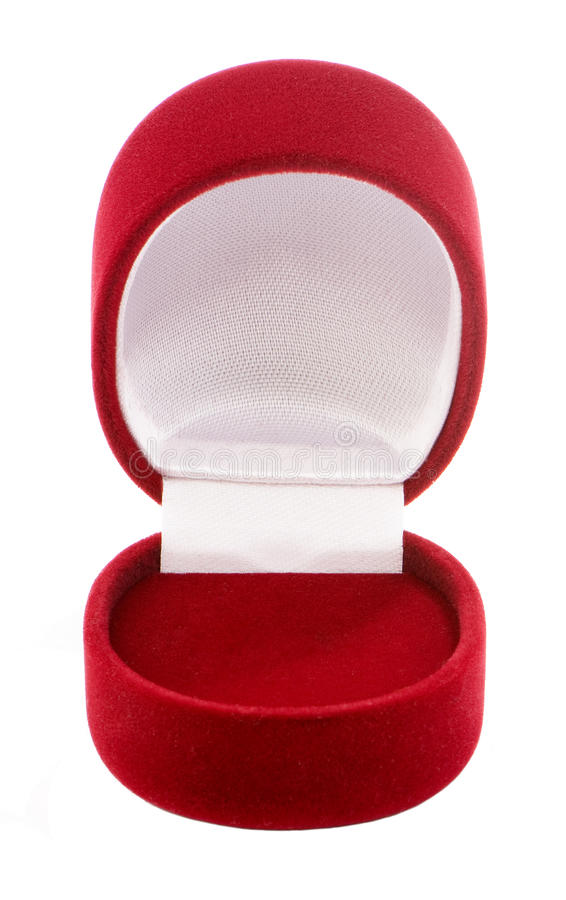 Caja roja del terciopelo para el primer de la joyería aislado imagen de archivo