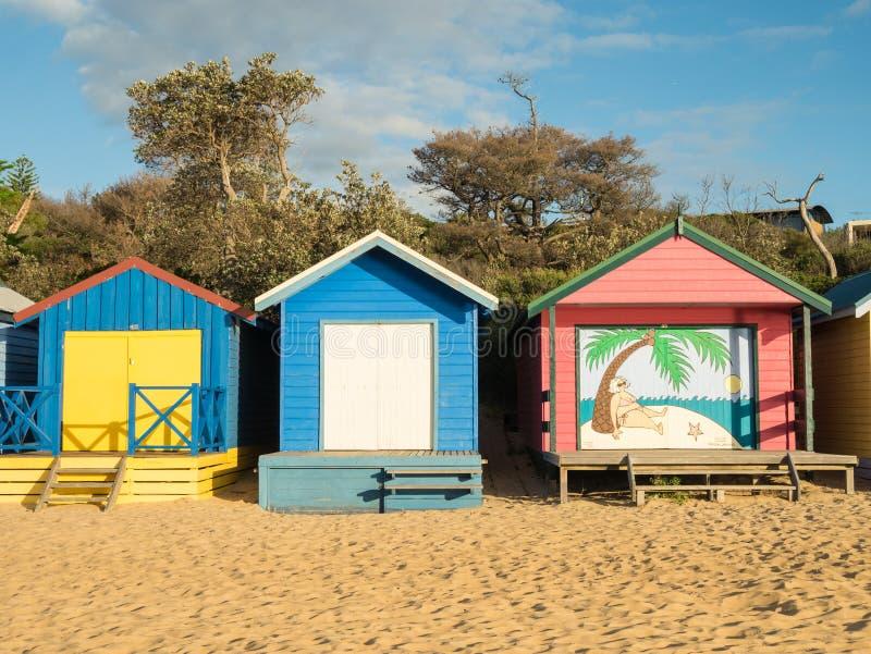 Cajas de baño coloridas en Mornington en la península de Mornington fotos de archivo