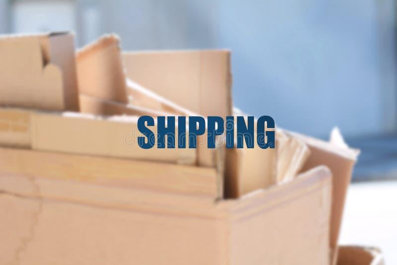 Cajas de cartón con el foco encendido fotografía de archivo