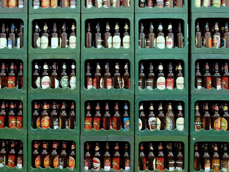 Cajas de la cerveza foto de archivo libre de regalías