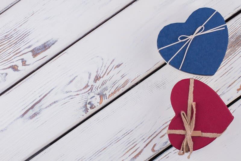 Cajas de regalo de día de San Valentín con el espacio de la copia foto de archivo