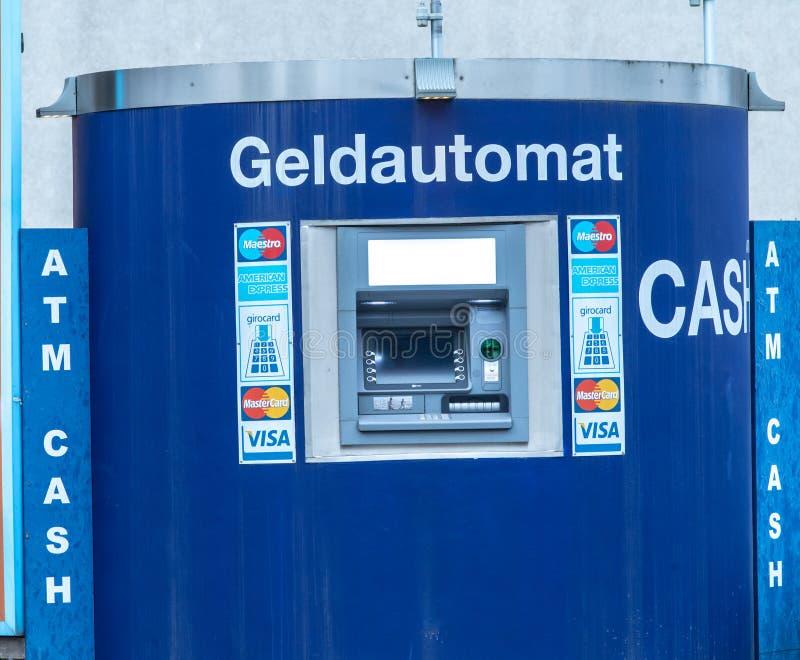 Cajero automático de la atmósfera Geldautomat foto de archivo libre de regalías