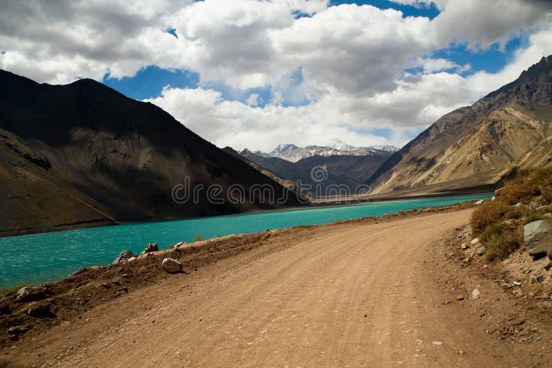 Cajon del Maipo, Chile arkivbilder