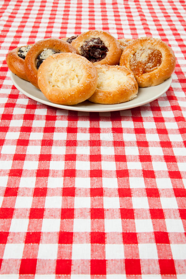 Download Cake On The Checkered Tablecloth Stock Photo - Image: 14475708