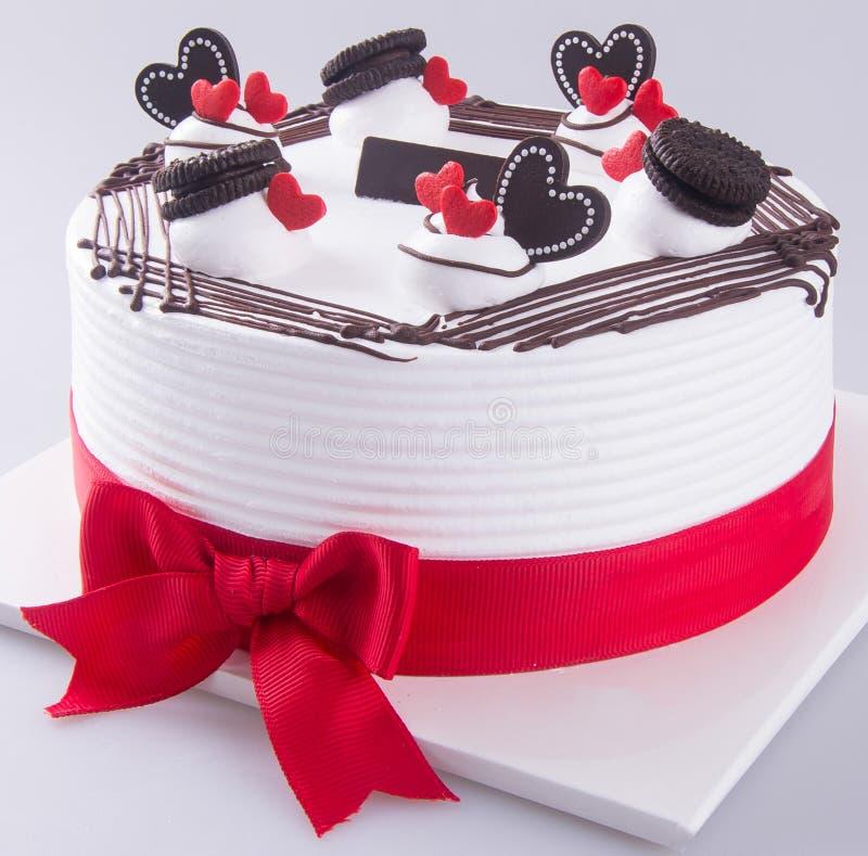 Cake, de cake van het verjaardagsroomijs op de achtergrond stock afbeelding