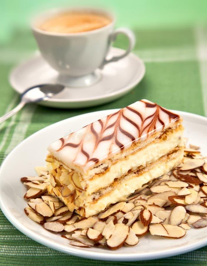 Cake en koffie royalty-vrije stock afbeeldingen