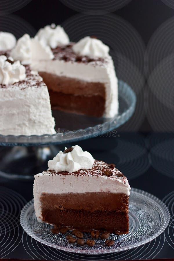 Cake met cacao en room royalty-vrije stock fotografie