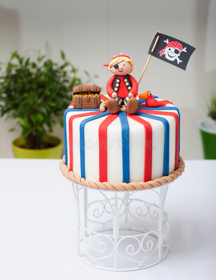 Cake pirate royalty free stock images
