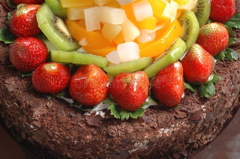 cakechokladfrukter royaltyfri bild