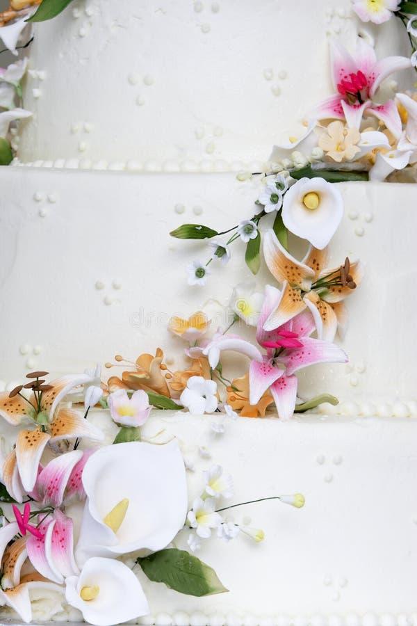 cakedetaljbröllop royaltyfri foto
