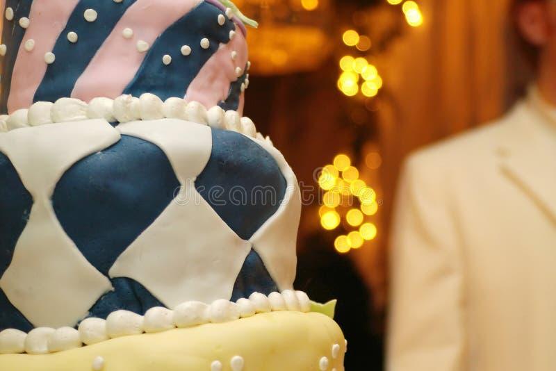 Download Cakeegen arkivfoto. Bild av confection, sött, brudgum, bröllop - 241172