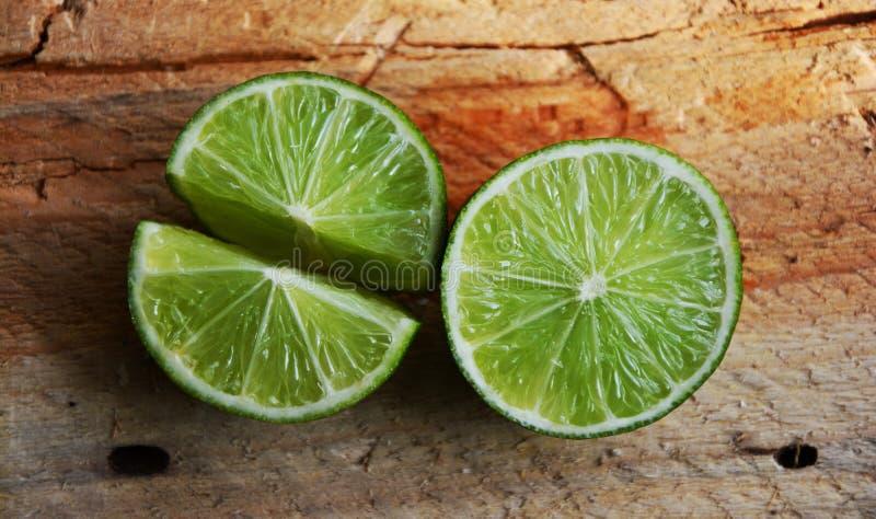 Cal, fruta cítrica, Key Lime, producción