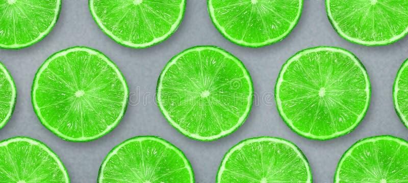 Cal jugosa cortada en un fondo gris Frutas frescas Fondo de la fruta Partido del verano Cumplea?os stock de ilustración