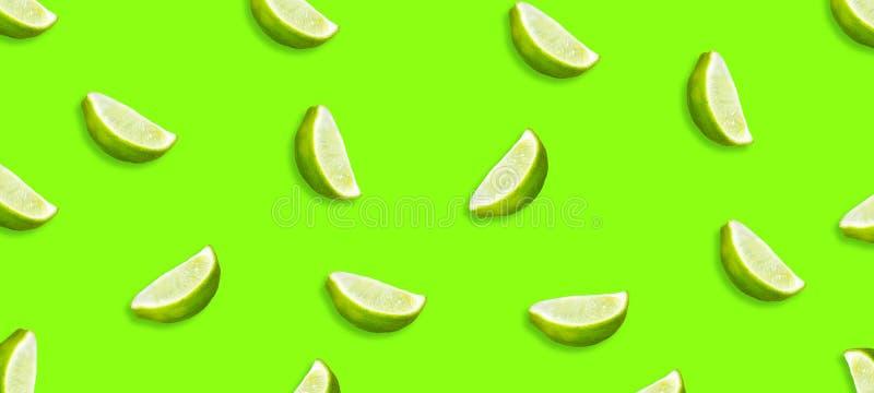 Cal jugosa cortada en un fondo verde claro Frutas frescas Fondo de la fruta Partido del verano Cumplea?os ilustración del vector