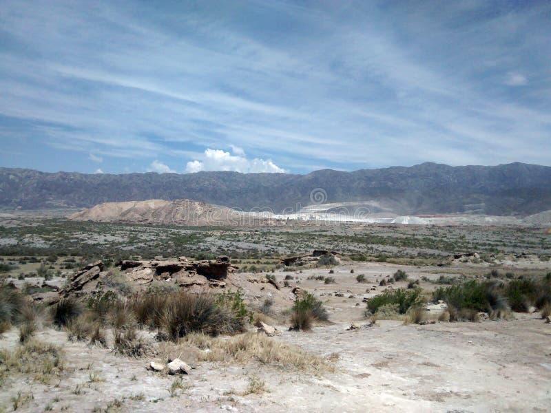 Cal mineral, Villicun em San Juan Argentina imagem de stock