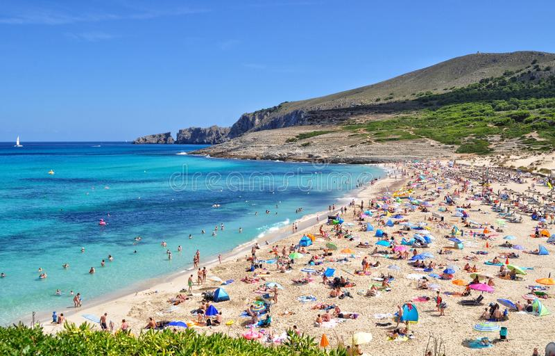 Cala άποψη mesquida σχετικά με το των Βαλεαρίδων $νήσων νησί majorca στην Ισπανία στοκ φωτογραφία με δικαίωμα ελεύθερης χρήσης