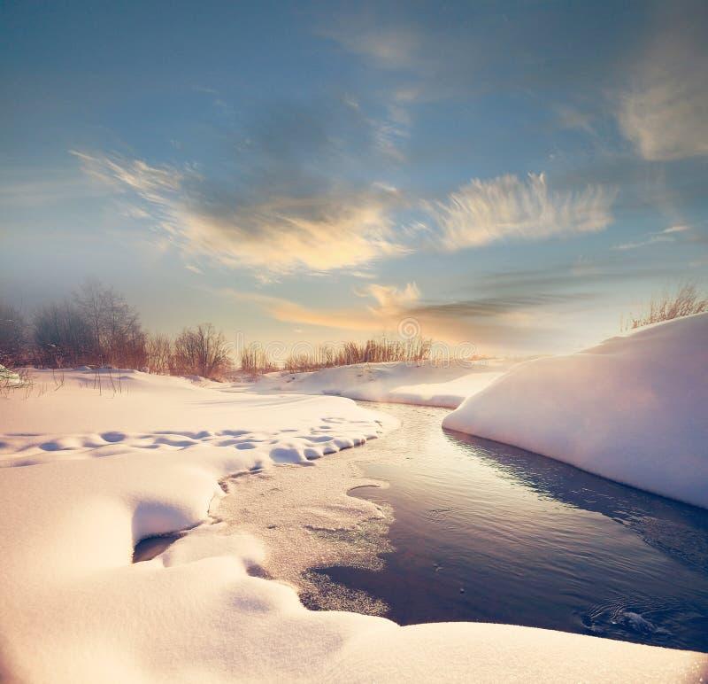 Cala con nieve e hielo imágenes de archivo libres de regalías