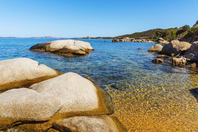 Cala Ginepro pla?a w Sardinia, W?ochy obrazy royalty free
