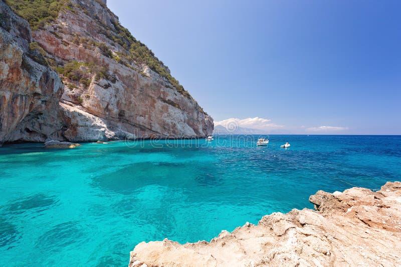 Cala Goloritze een strand in de stad van Baunei, Golf wordt gevestigd van Orosei, Sardinige dat stock foto