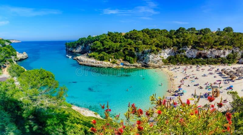 Cala Llombards plaża Mallorca, Hiszpania, - fotografia royalty free